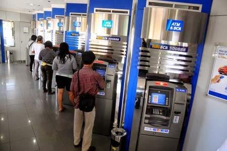 Cara Cek Saldo Rekening BCA Melalui ATM