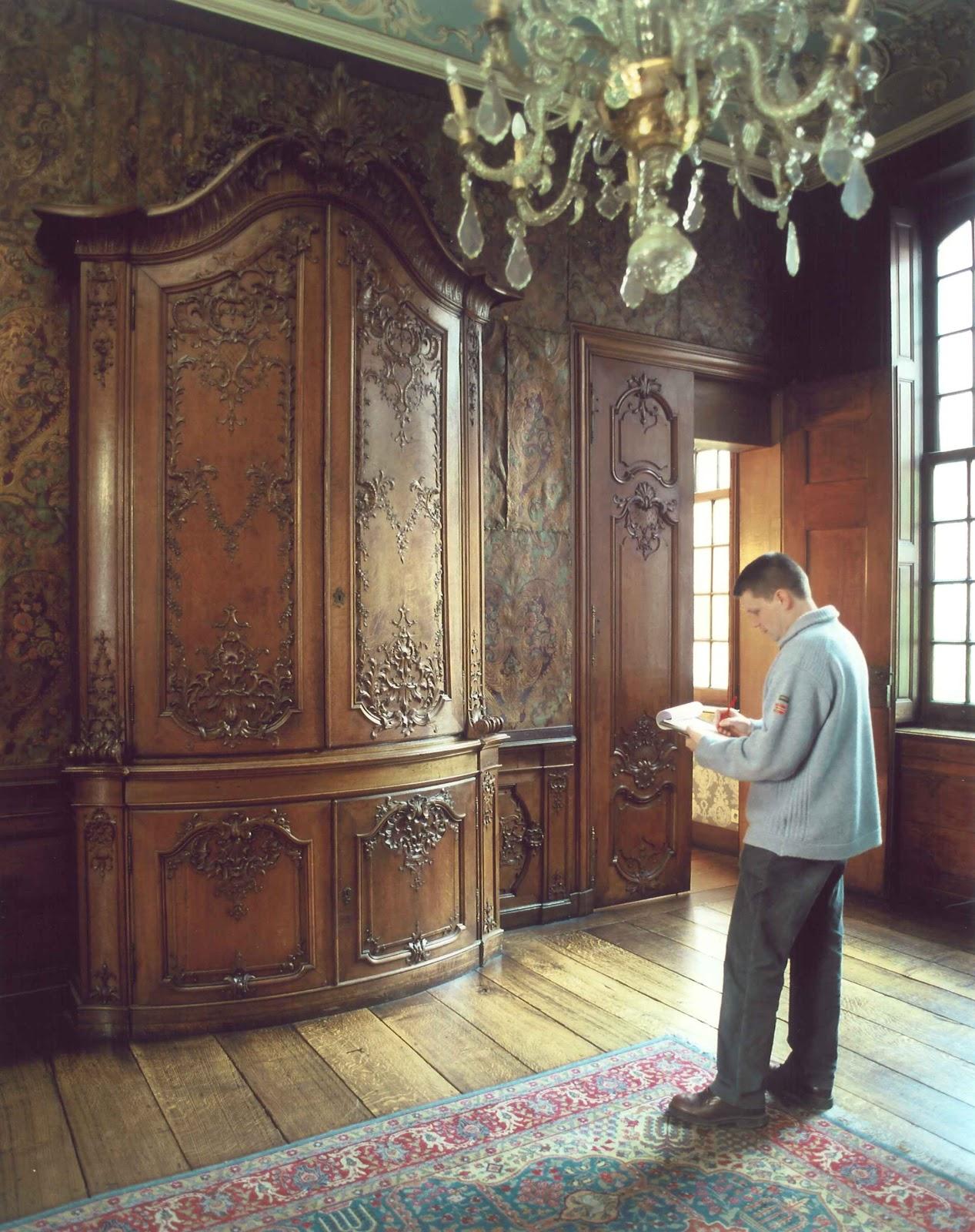Sculpture ornementale patrick damiaens histoire du for Histoire du meuble