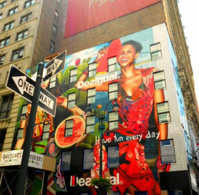 Graffiti Desigual New York
