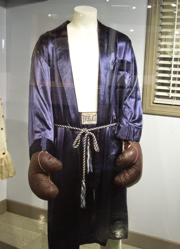 Russell Crowe Cinderella Man boxing costume