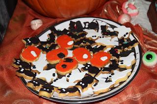 Tati, Cocò e Mamma in cucina: biscotti di frolla al mais per halloween