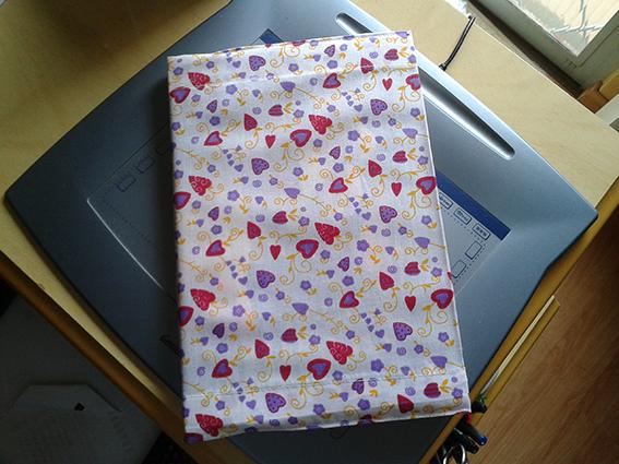 livro com capa de tecido