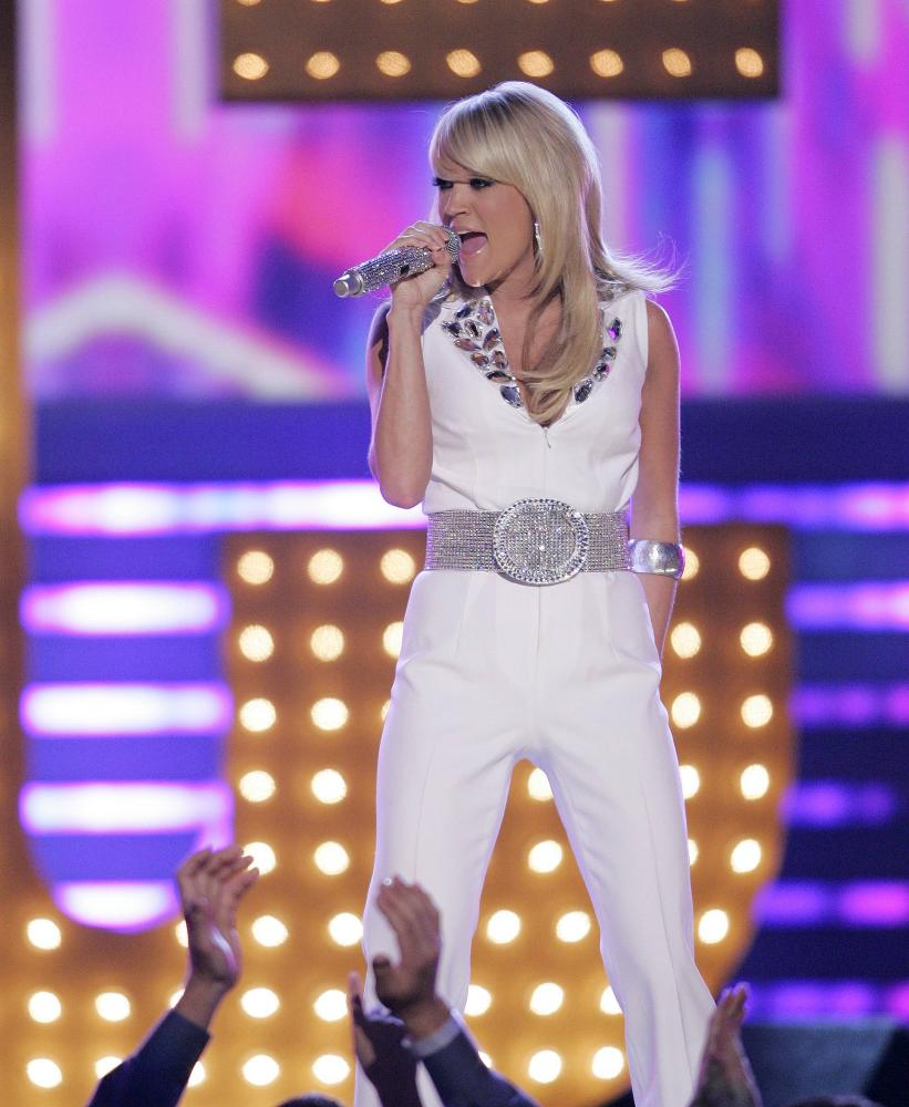 who was carrie underwood dating in 2008 Carrie underwood and mike fisher expecting baby carrie underwood and mike fisher attend the underwood and fisher started dating in 2008 before tying the.