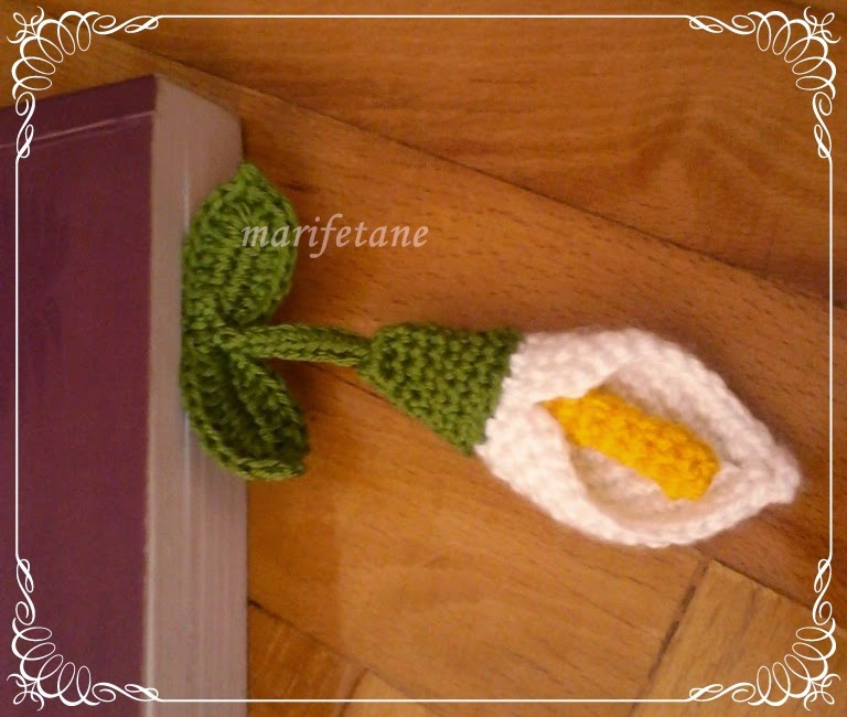 crochet calla lily bookmark
