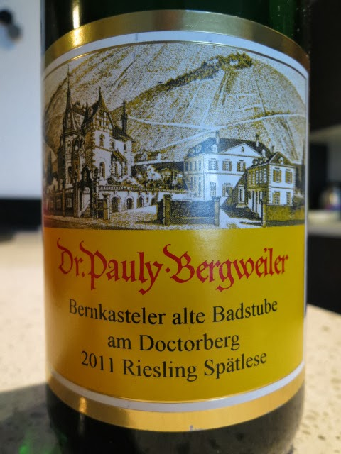 Wine Review of 2011 Dr. Pauly-Bergweiler Bernkasteler alte Badstube am Doctorberg Riesling Spätlese from Mosel, Germany