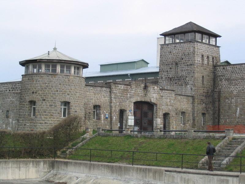 omosessuali campi di concentramento Lucca