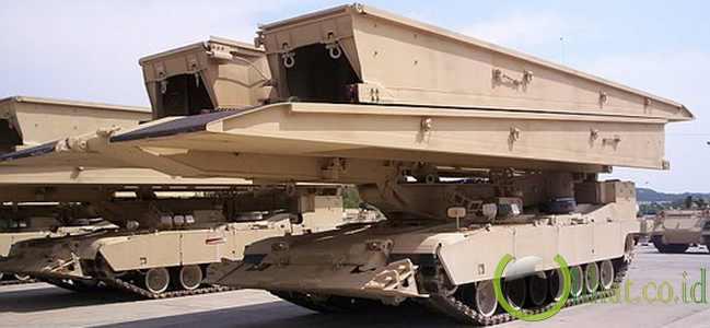 Wolverine M104 Heavy Assault Bridge