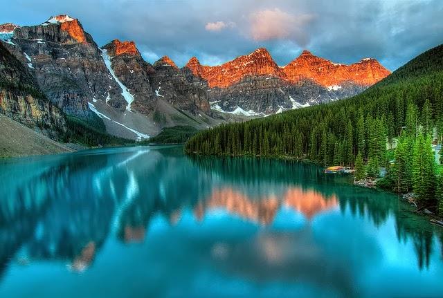 Valle de los Diez Picos, Canadá