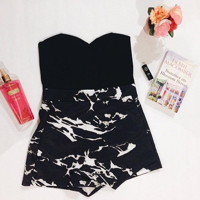 READY STOCK Strapless Marble Print Origami Skort Playsuit