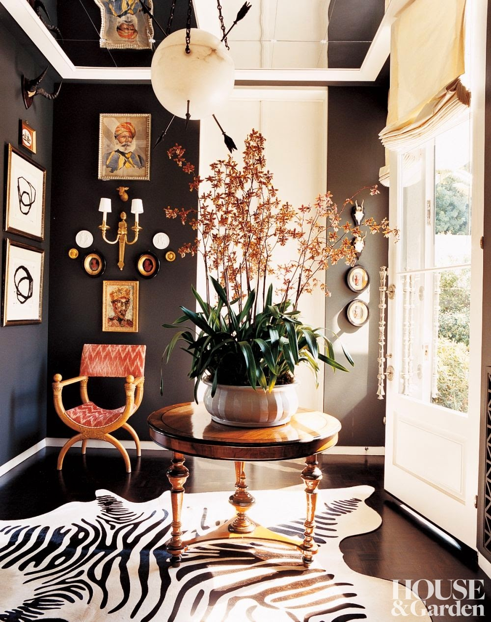 black walls - design by Kelly Wearstler