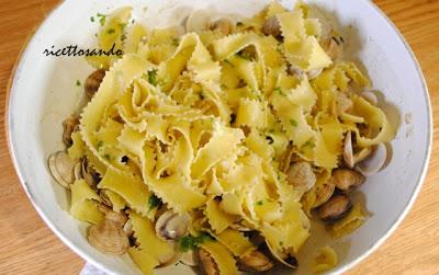 Pappardelle ricce alle vongole ricetta primi di pesce con pasta fatta in casa