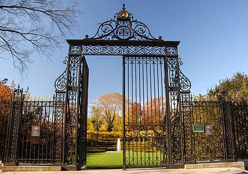 centrvanderbilt-gates-l.jpg