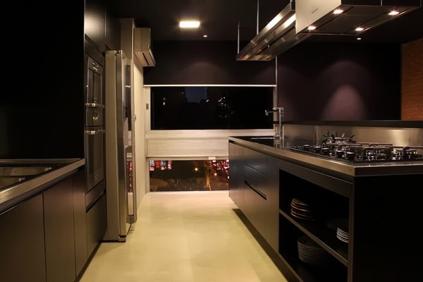 Passion for luxury bachelor apartment in sao paolo for Modern bachelor apartment