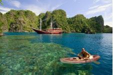 objek wisata raja ampat indonesia