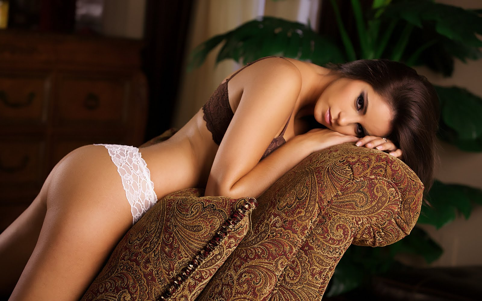 http://1.bp.blogspot.com/-TAZggEhQj1U/Tm6JsDOfV0I/AAAAAAAAB7k/Bn_6g_X26V4/s1600/Wallpapers+Chicas+Hermosas+HD+%25284%2529.jpg
