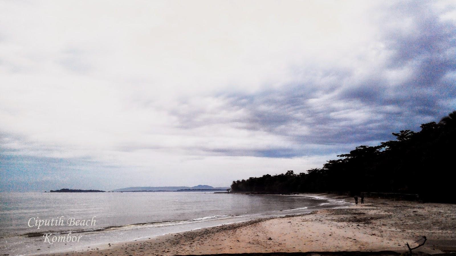 Pantai Ciputih, Ujung Kulon, Sumur, Pandeglang, Banten