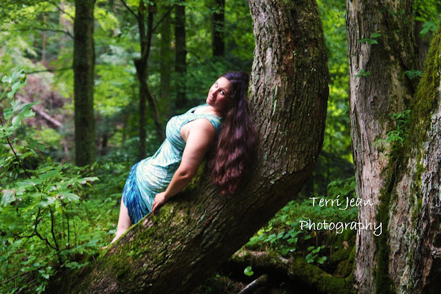 terri jean, hocking hills, logan ohio, ohio photographer, eye candy, terri jean photography, outdoors photography, natural beauty, old mans cave, logan ohio photographer, athens ohio photographer, onlocation, model, eye candy girl, southeastern ohio, ash cave, route 56