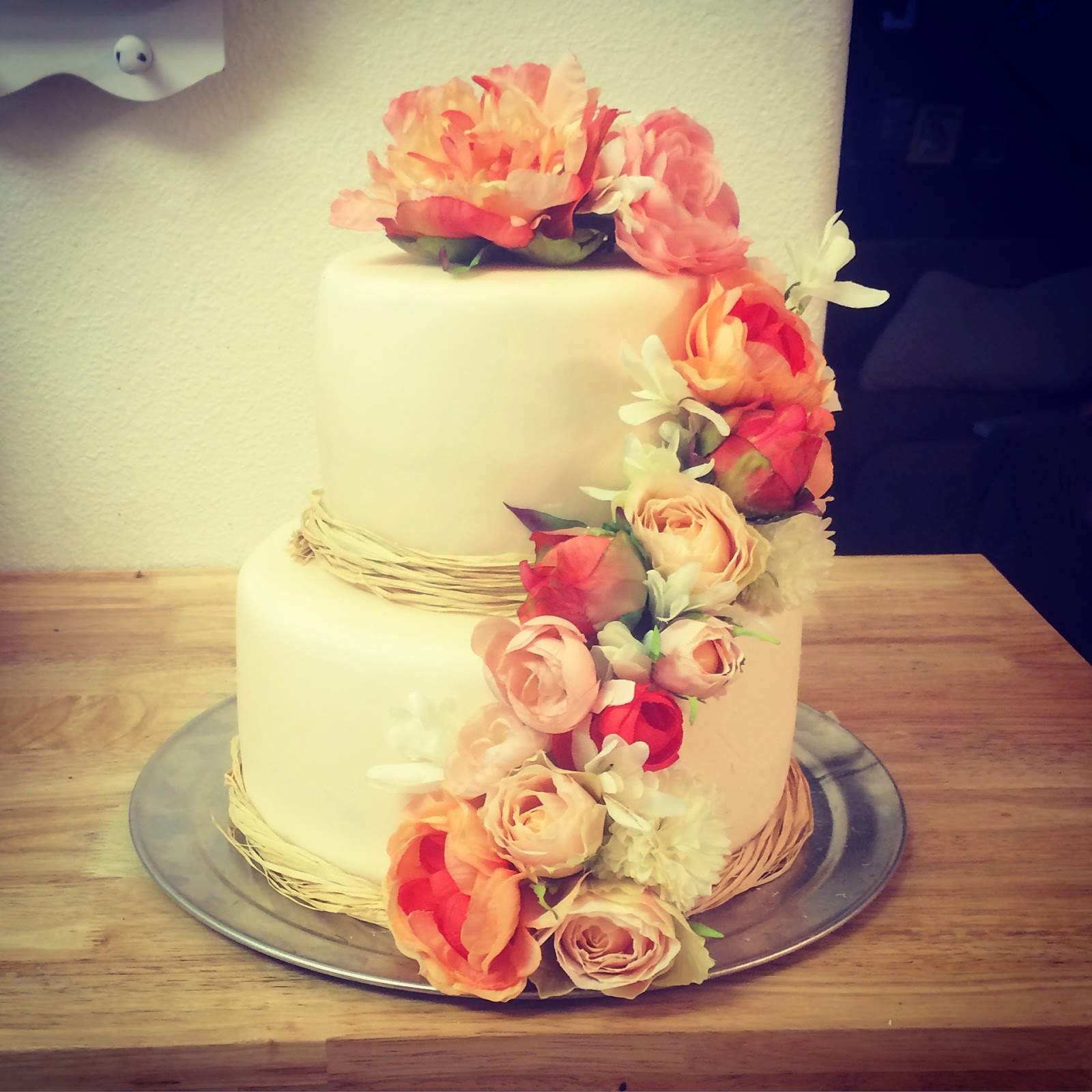 Crunix Cakes Simple Floral Wedding Cake
