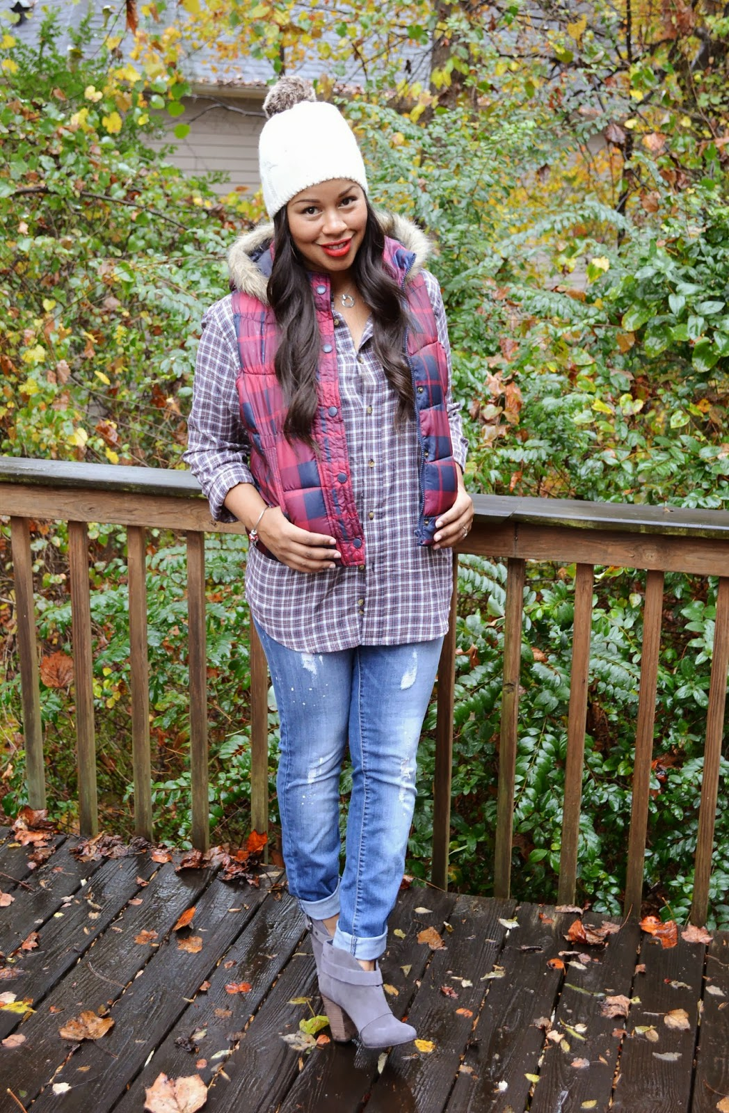mad about plaid Now that fall is almost here, we are seeing so many cozy and comfy textures like  knits and flannels plaid is one print that we see so much of.