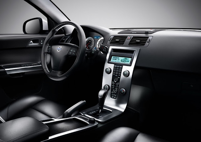 Inside photo of hatchback Volvo C30