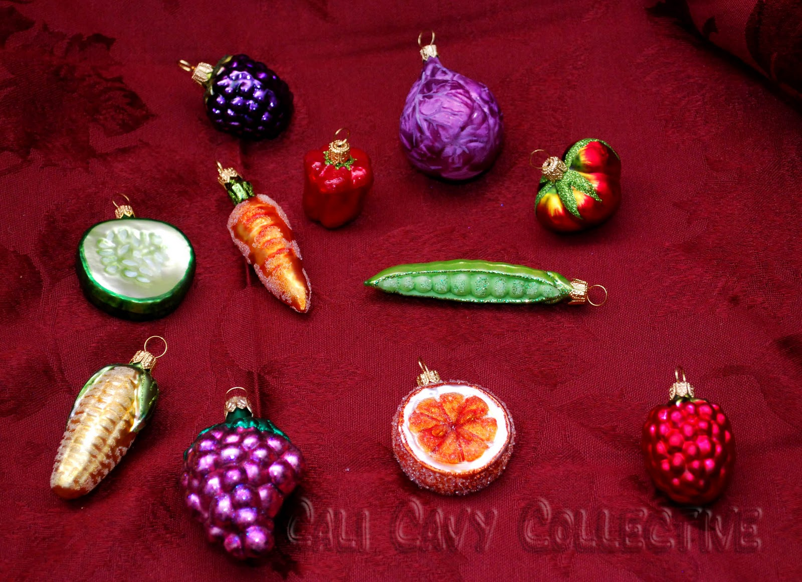 Pig christmas ornaments - About All Things Guinea Pig Decorating Our Guinea Pig Christmas Tree