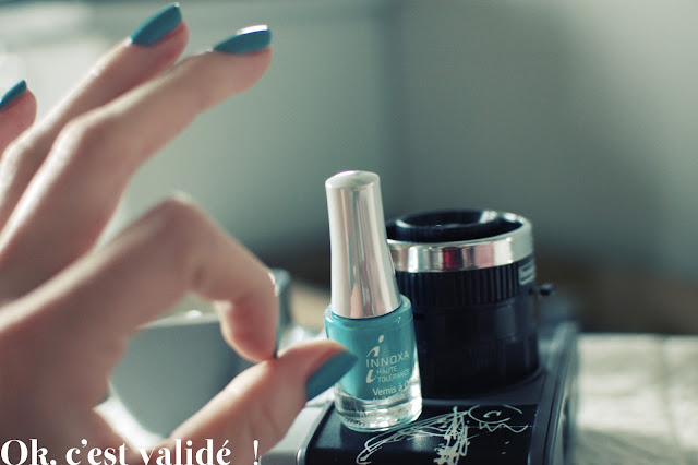 vernis bleu, innoxa, rêve, parapharmacie, vernis à ongles