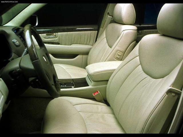 Lexus LS430 (2001)