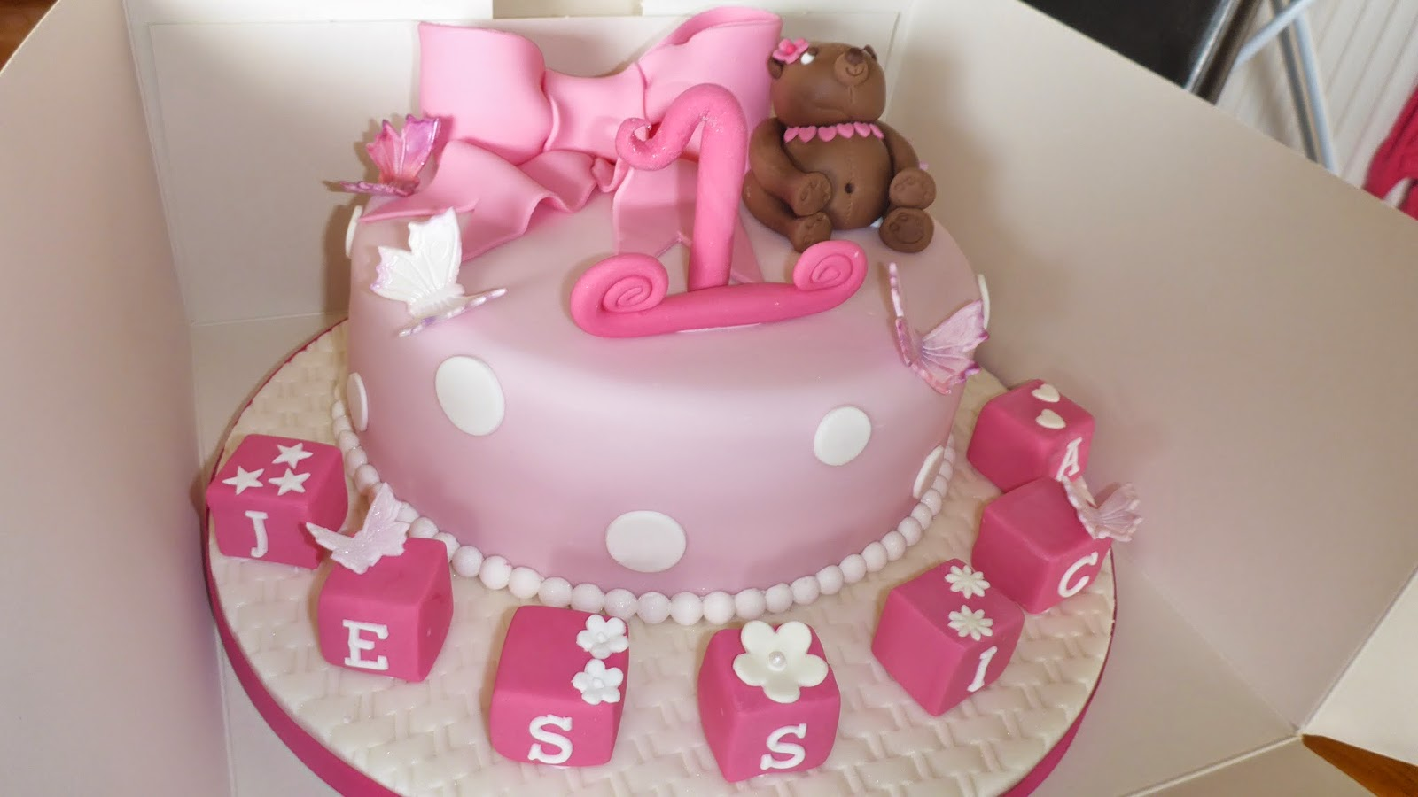Sweet And Fancy Little Jessica 1st Birthday Cake