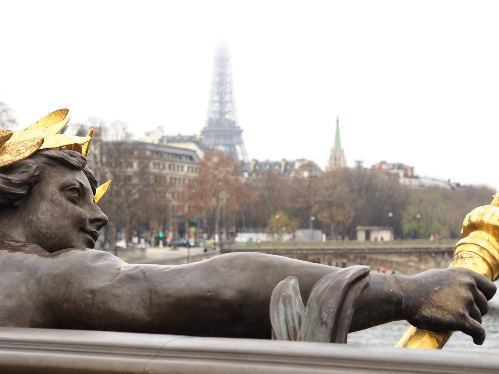 Paris Pont De Alexandre III bridge, Gold and turquoise bridge, paris