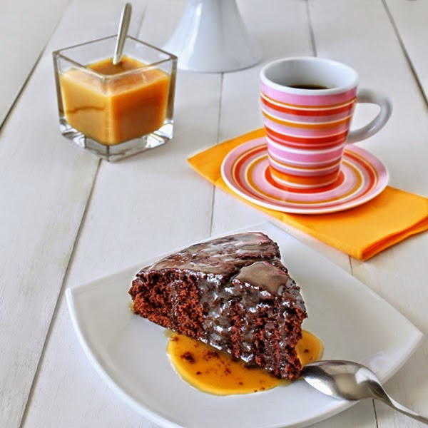 http://culinaryflavors.gr/index.php/2014/03/sourdough-chocolate-cake/