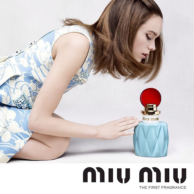 Reklama wody perfumowanej Miu Miu