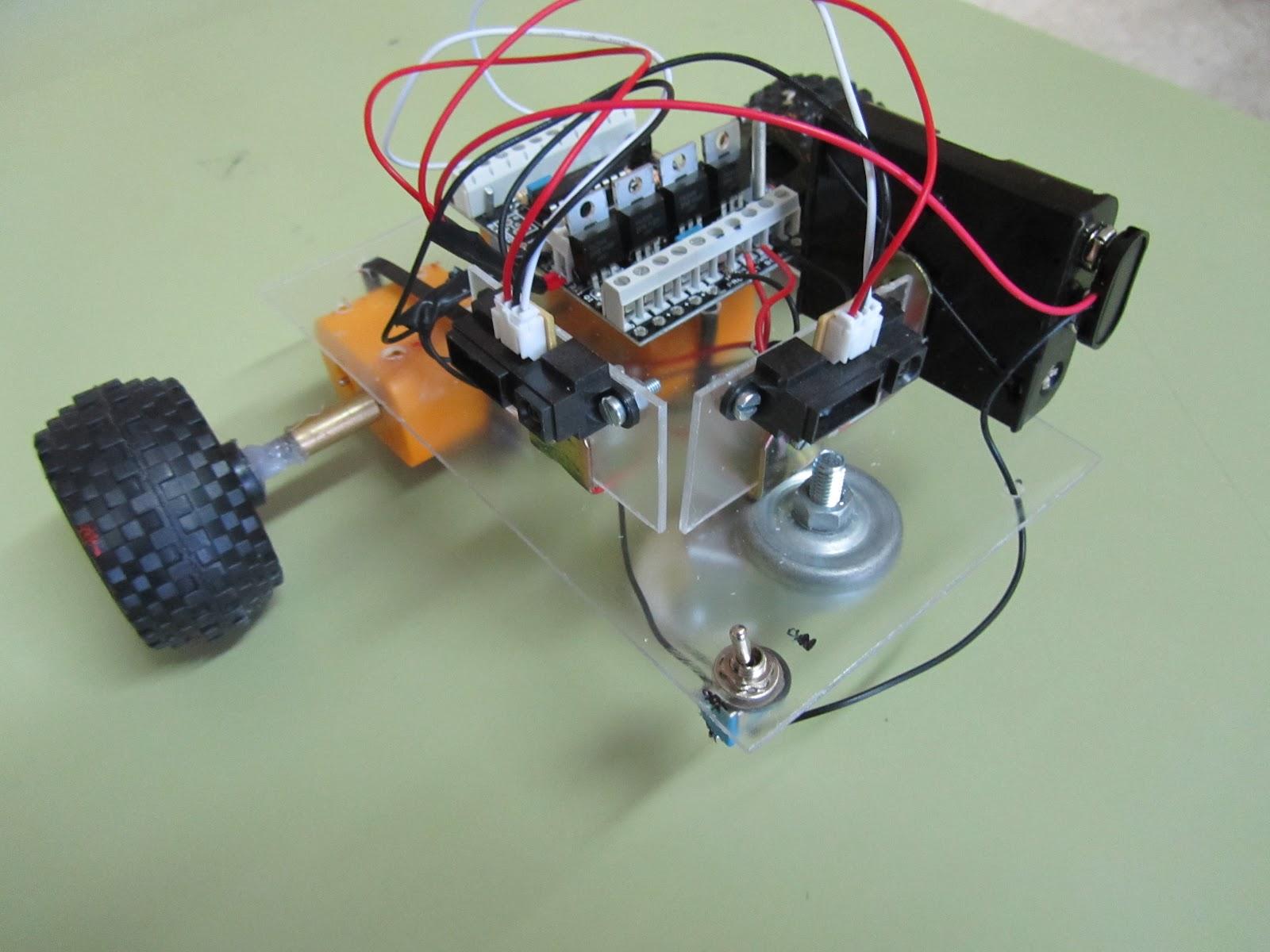 Robótica escolar e s o pr resolviendo laberintos