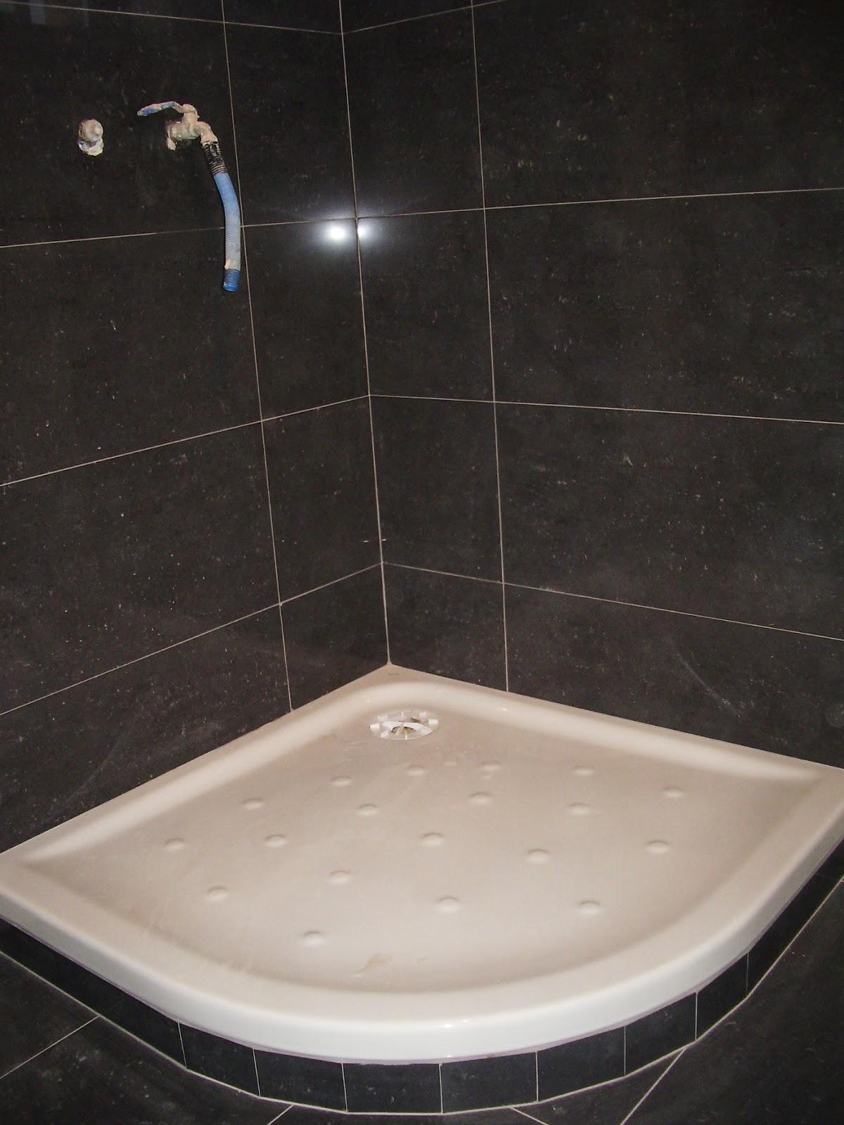 Baldosassa fotos e imagenes de platos de ducha for Plato de ducha malta
