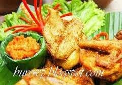 ayam goreng untuk nasi uduk
