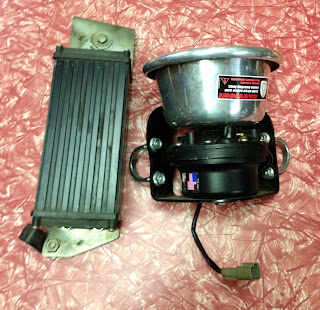 Whelen Police Siren AND Amp/power supply - Harley Davidson FLHP FXRP FLHTP