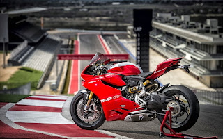 hd photo of 2013 Ducati Superbike 1199 Panigale R for computter