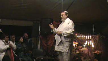 Sukkot-meeting in tent