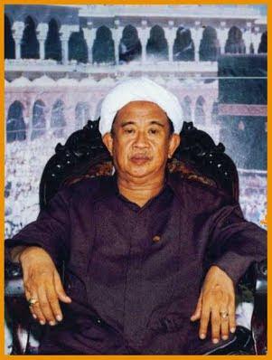 Biografi Muallim KH. Muhammad Syafi'i Hadzami Jakarta