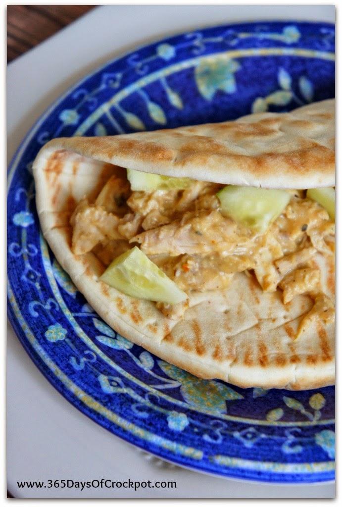 CrockPot Recipe for Hummus Chicken with Soft Pita Bread #slowcookersummersupper #healthyrecipe #easydinner