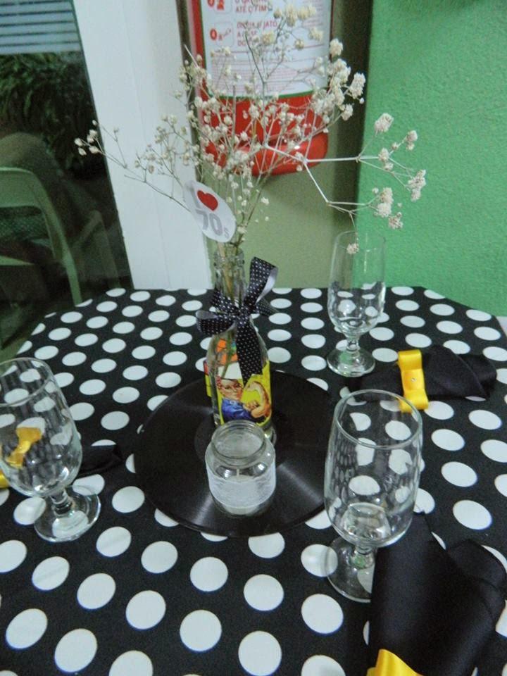 decoracao festa retro : decoracao festa retro:Minha festa de 50 anos retrô..senta que a postagem é longa