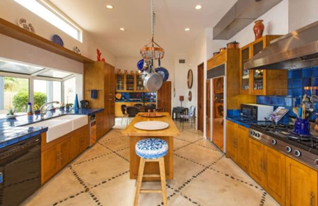 kitchen of patricia gucci california mansion house property in desert
