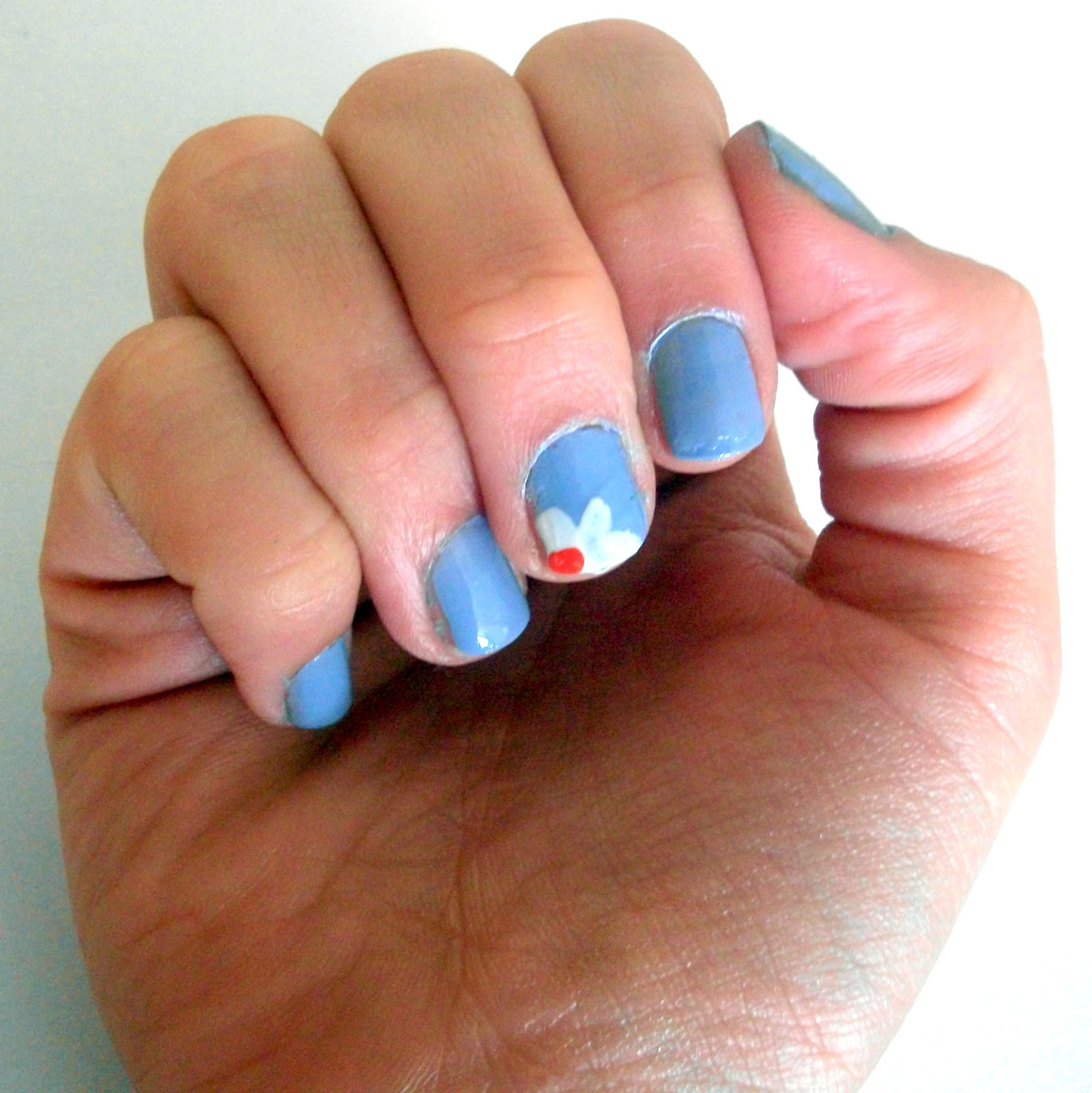 Simple Nail Designs: GemSeren UK Beauty Blog: Simple Daisy Nail Art