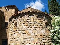 Detall de l'absis de Sant Martí de Riells