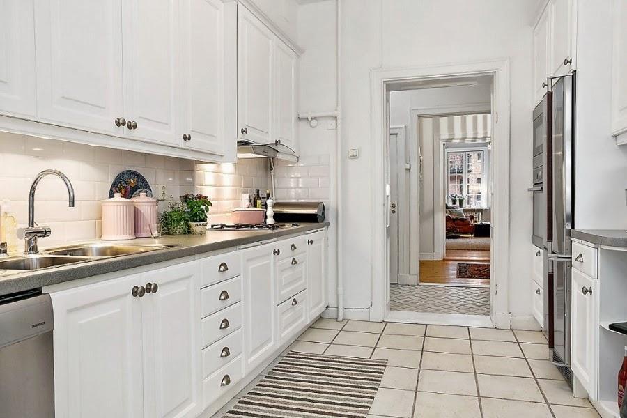 biała kuchnia, pojemniki ceramiczne, styl skandynawski