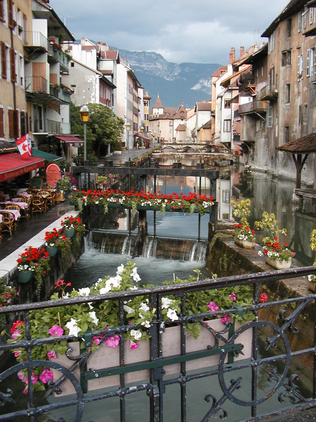 Annecy France  city photos : Um dos diversos canais em Annecy