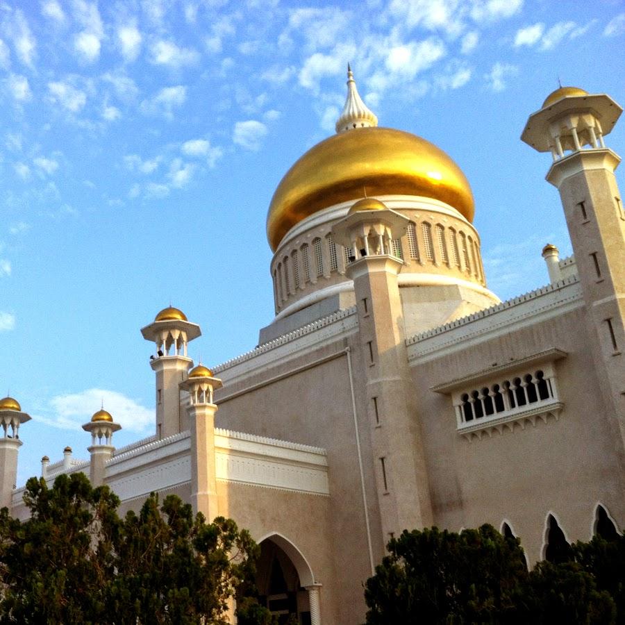 Masjid Umar Ali Syaifuddin Brunei Darussalam