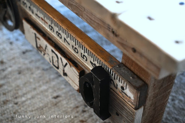 Junk decorating for a pallet wood coffee table via Funky Junk Interiors