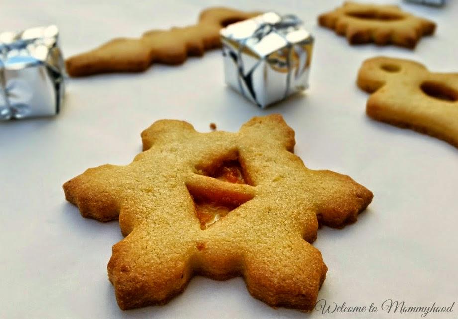 Easy Christmas Cookies {Welcome to Mommyhood}