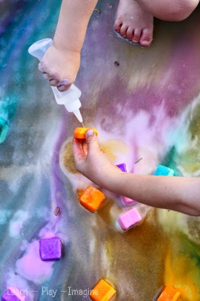 Erupting ice chalk - summer recipe for play