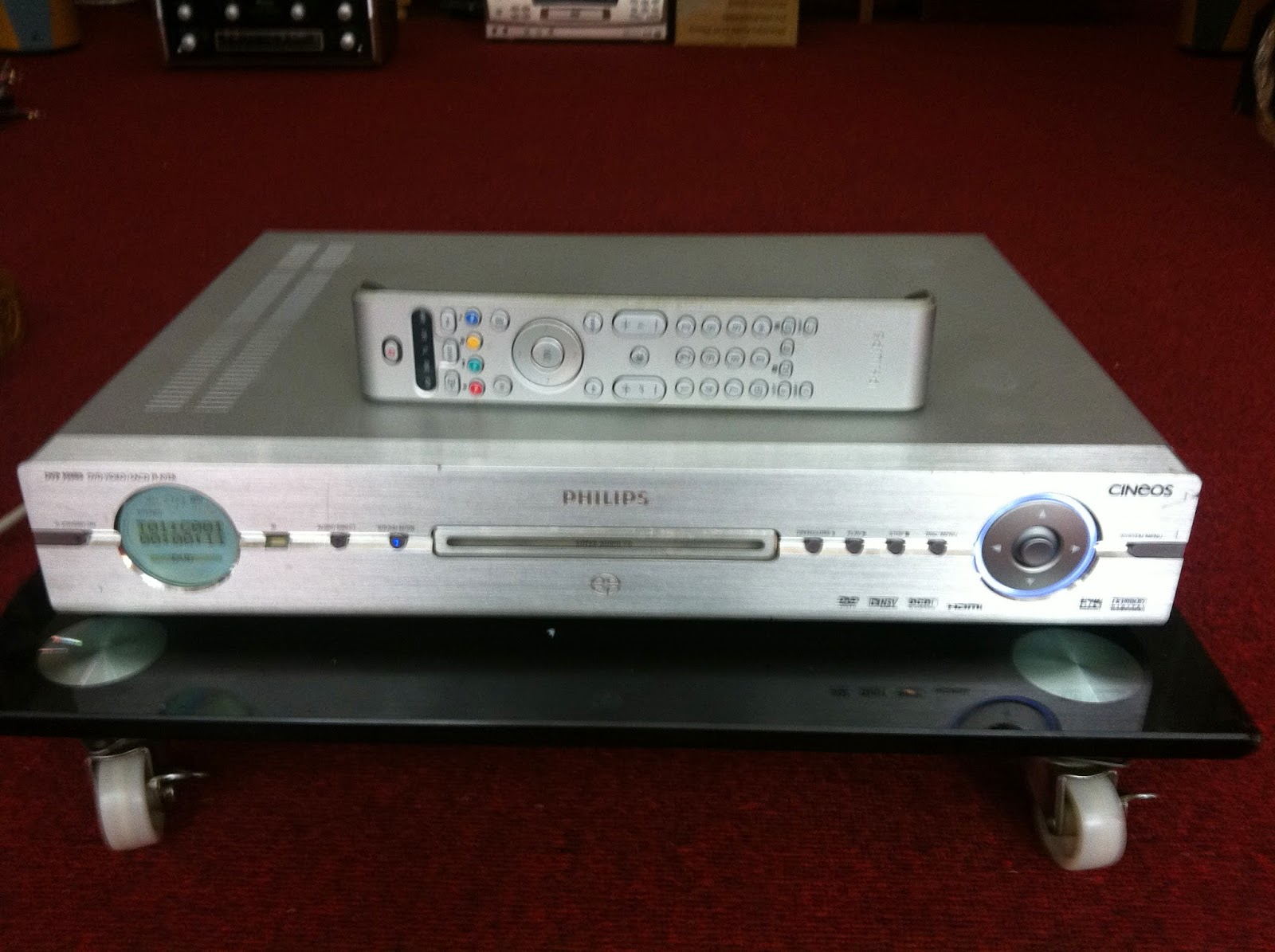 Đầu DVD Philips - model: DVP9000S